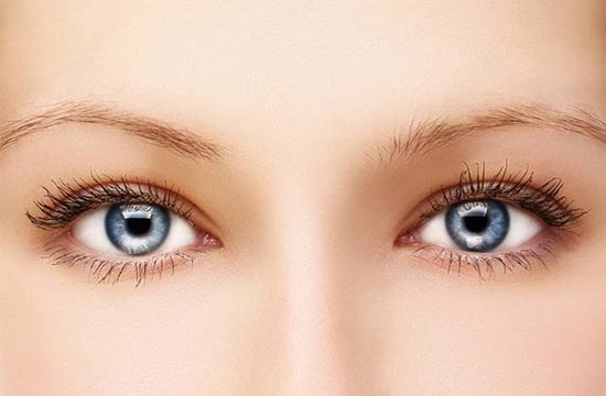 Eye bag removal: Risks & Benefits